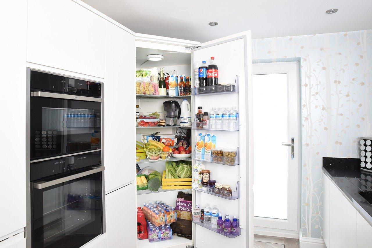 冷蔵庫きちんと活用できてる?整頓のコツと冷蔵庫の上手な使い方