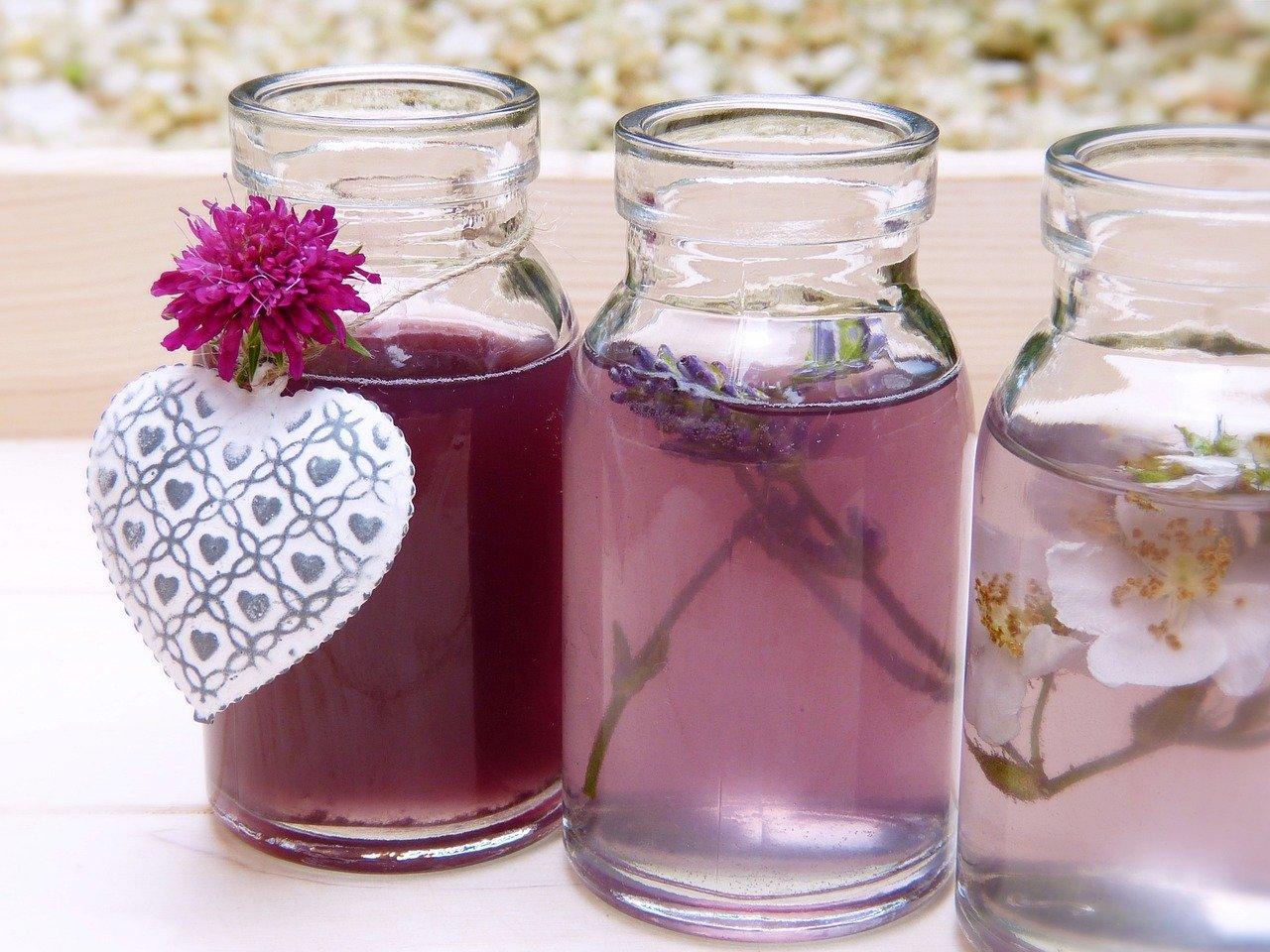 化粧水に含まれてる美容成分の意味や効果知ってる?それぞれの特徴を解説!