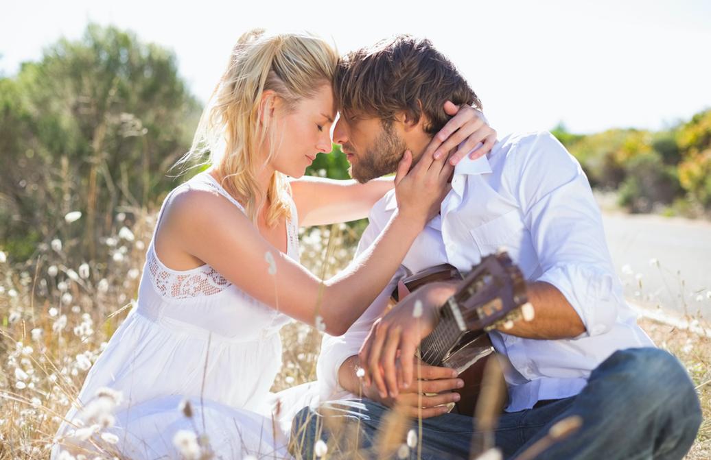 過去の恋愛を美化してしまう理由は?新しい恋愛に踏み出すための方法を解説!