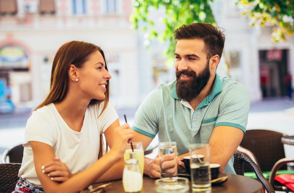 「彼氏いるの?」と聞いてくる男性心理とは?効果的な答え方15選をご紹介!